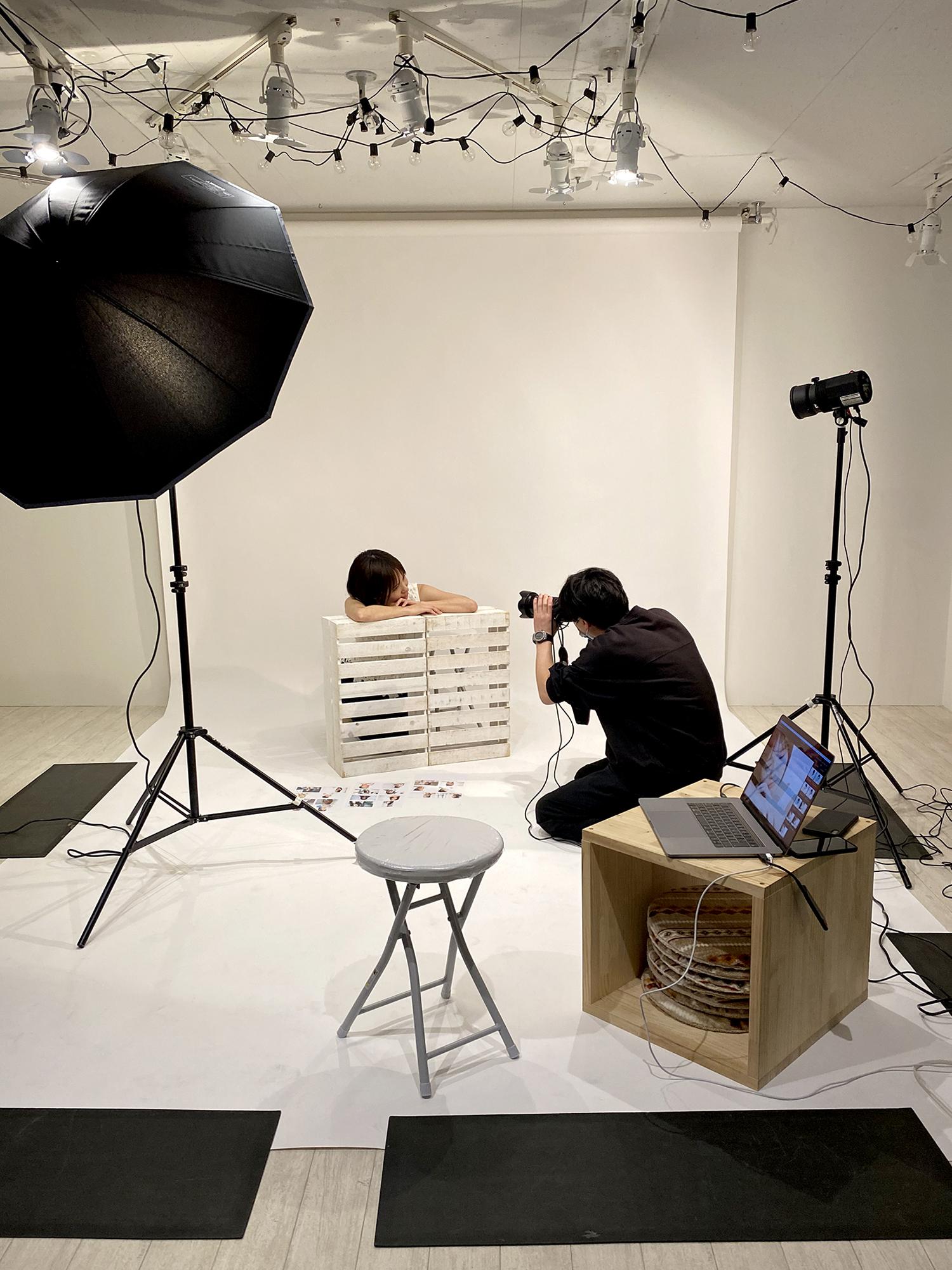 スタジオにて撮影を行いましたpage-visual スタジオにて撮影を行いましたビジュアル