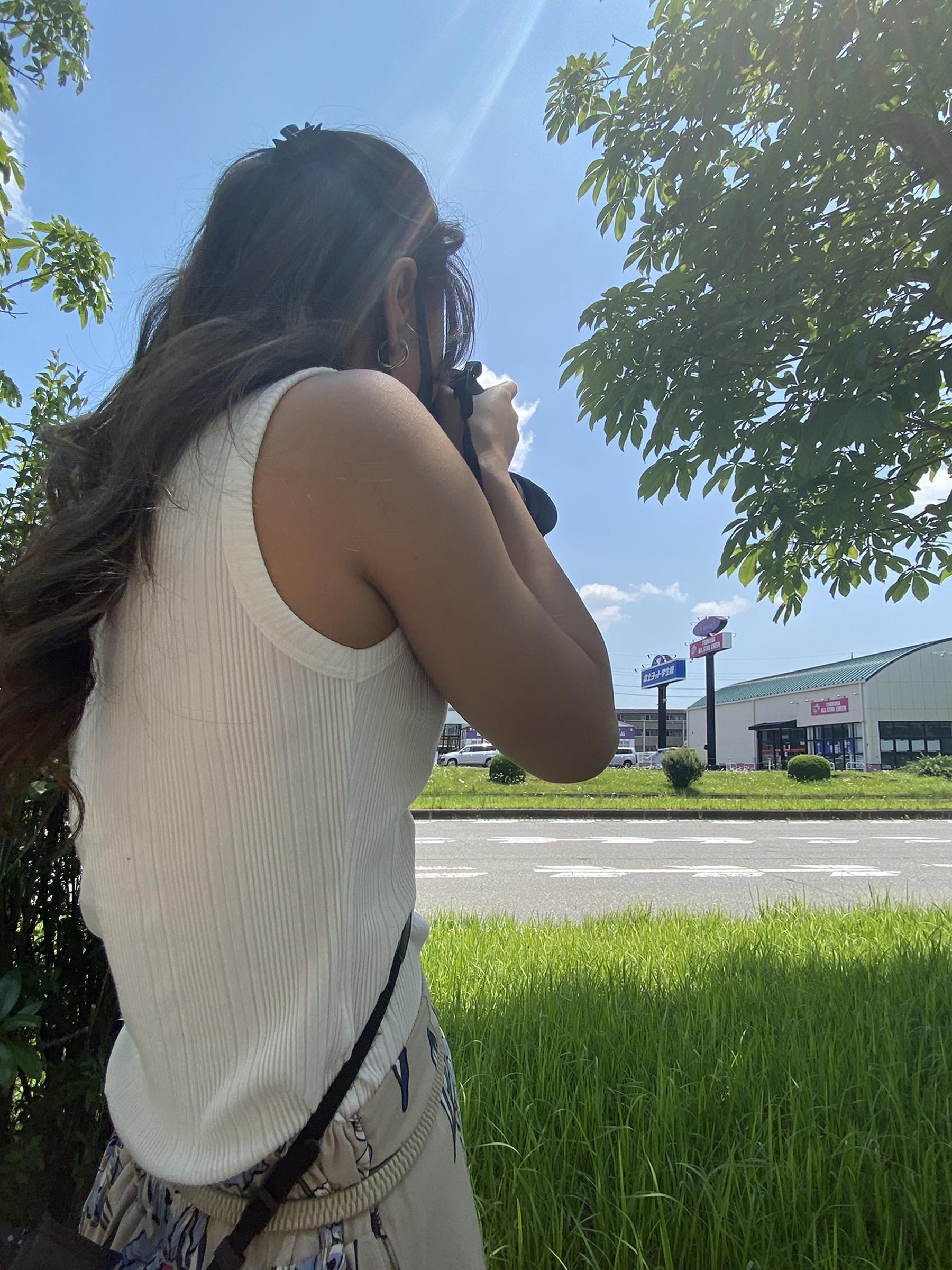 カメラマンと夏日のとある撮影page-visual カメラマンと夏日のとある撮影ビジュアル